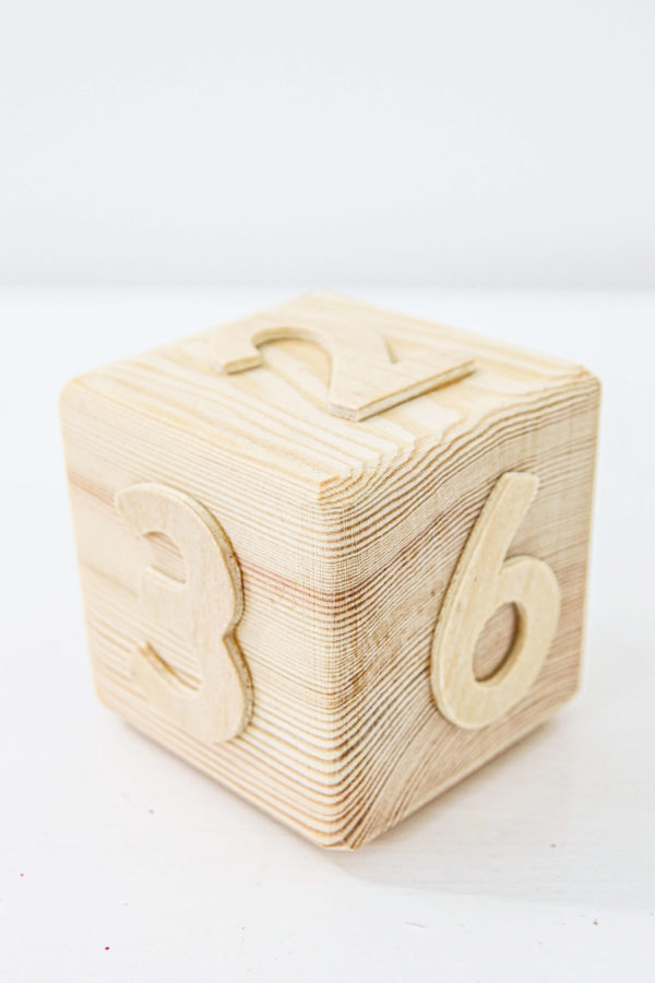 Wooden dice - Coverdale Educational Resources ltd